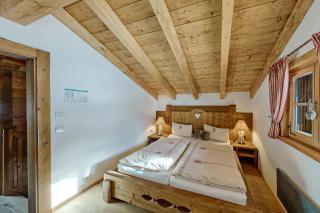 Proneben Gut Kuschelhütte 4 Herzen Schlafzimmer 2 Obergeschoß