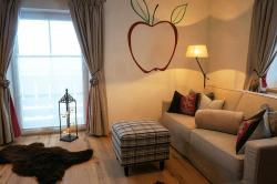 Sofa Wohnzimmer - Ferienwohnung Apfelbaum