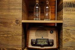 Detail Radio/Flasche