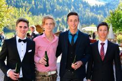 4 Proneben Jungs