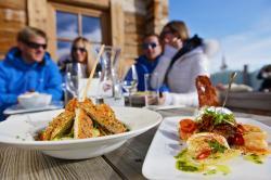 Kulinarik & Hüttengaudi im Skigebiet Hochkönig