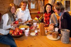 Gemütliches Frühstück in der Kuschelhütte