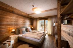 Detail Schlafzimmer2, Zirberl, Kuschelhütte 5 Herzen, Proneben Gut